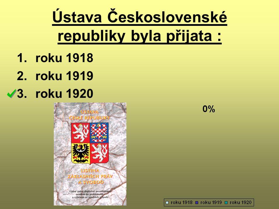 Ústava Československé republiky byla přijata :