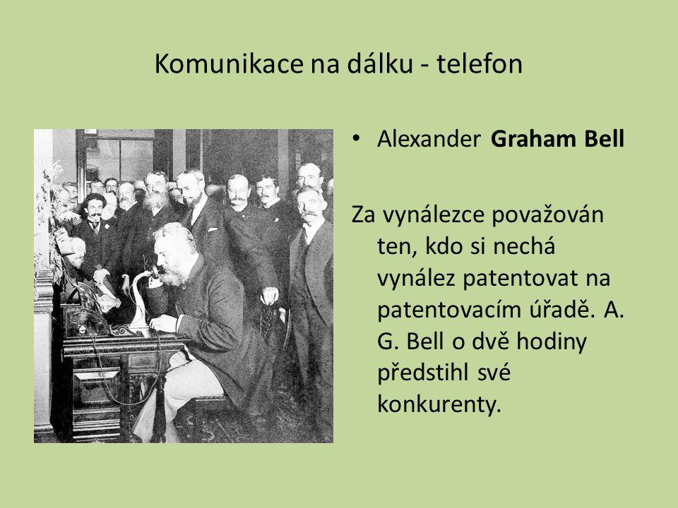 Komunikace na dálku - telefon