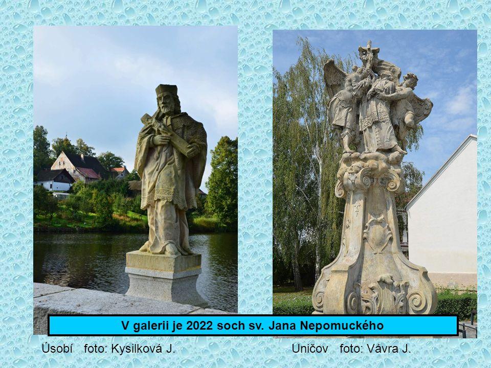 V galerii je 2022 soch sv. Jana Nepomuckého