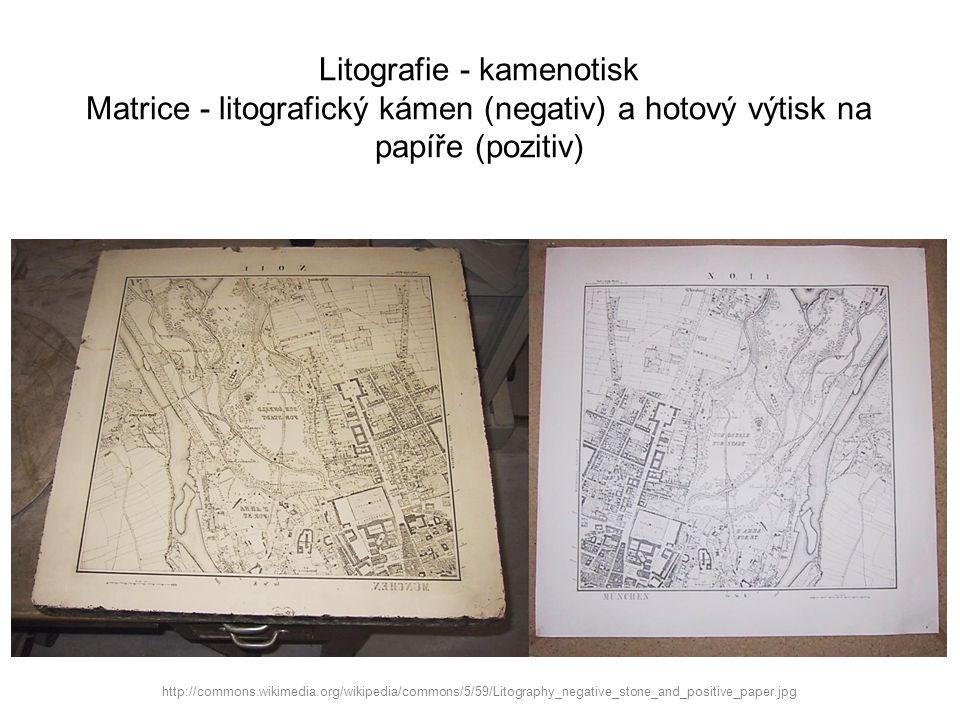 Litografie - kamenotisk Matrice - litografický kámen (negativ) a hotový výtisk na papíře (pozitiv)