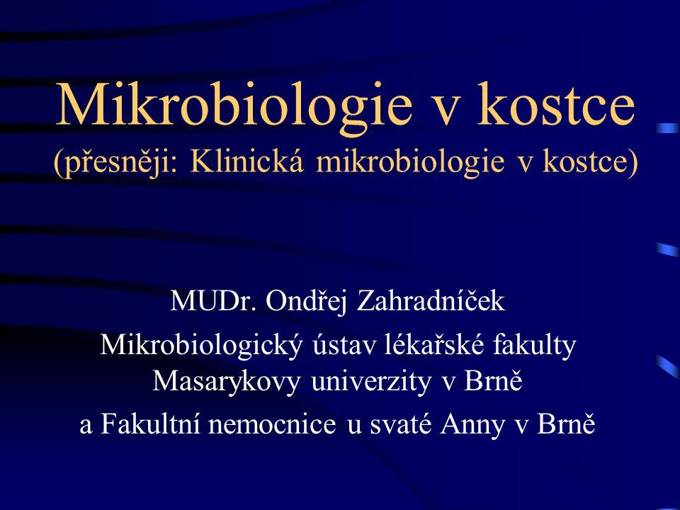 Mikrobiologie v kostce (přesněji: Klinická mikrobiologie v kostce)