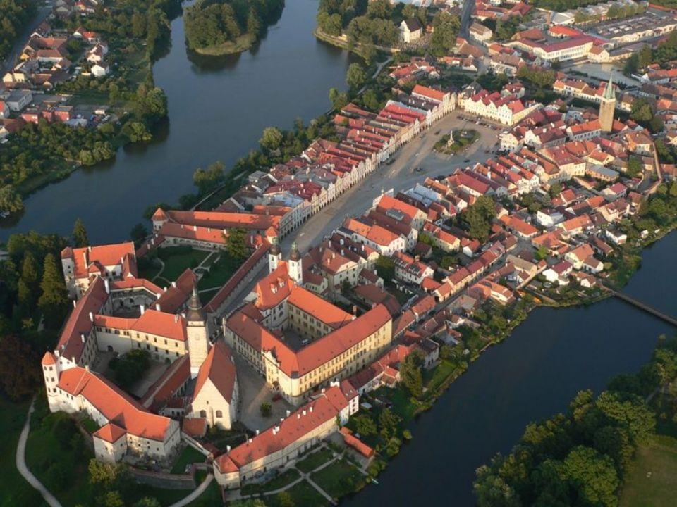 Telč. Renesanční perla mezi českými městy, vznikla na křižovatce obchodních cest.