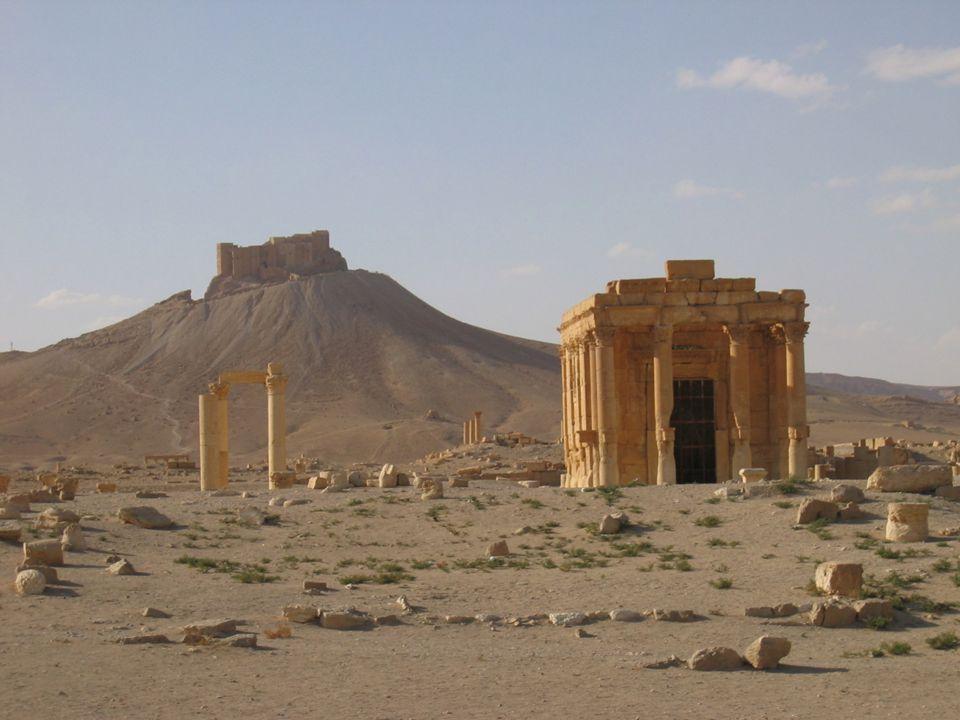 Antické město Palmyra v Sýrii bylo chráněno mohutným hradem.