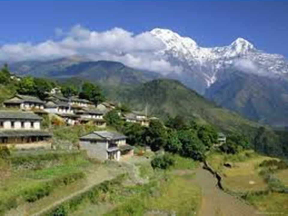 Osídlování horských svahů v Nepálu.