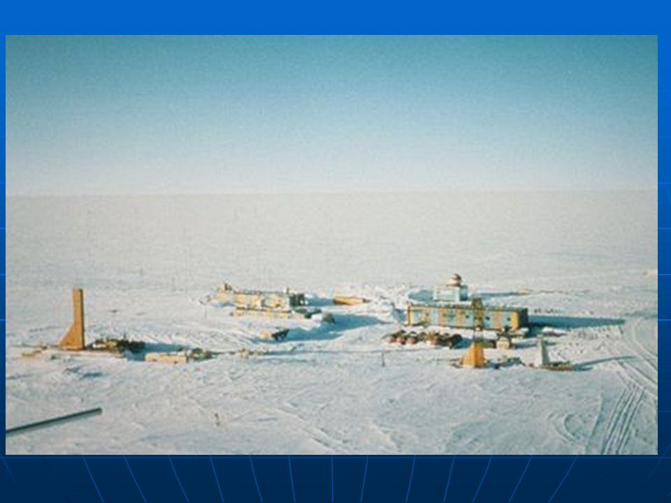 Ruská výzkumná stanice Vostok na Antarktidě.