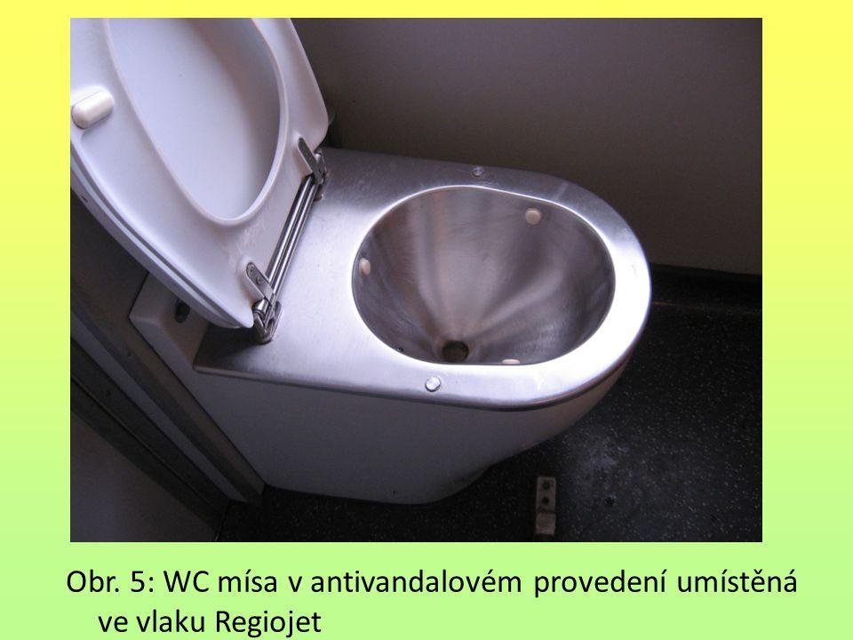 Obr. 5: WC mísa v antivandalovém provedení umístěná ve vlaku Regiojet