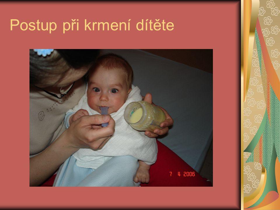 Postup při krmení dítěte