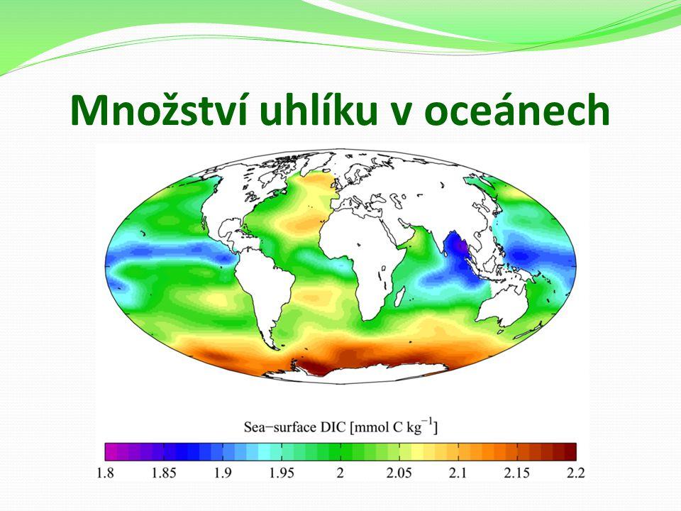 Množství uhlíku v oceánech