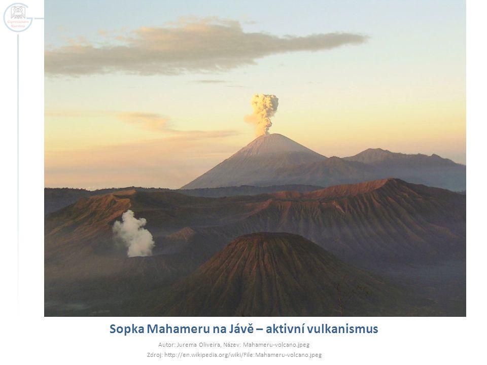 Sopka Mahameru na Jávě – aktivní vulkanismus