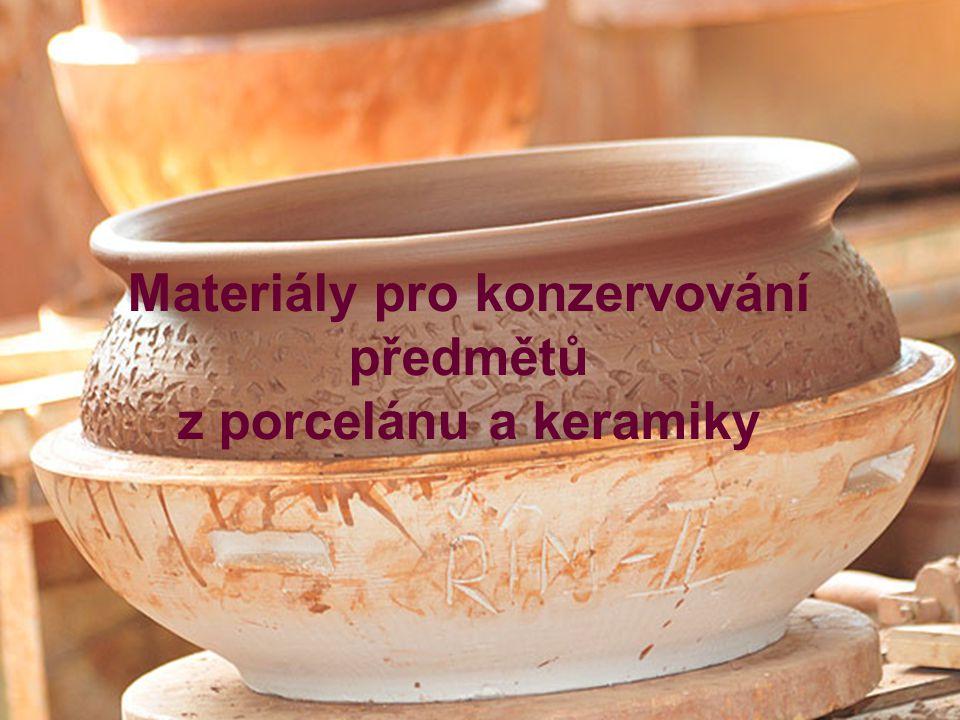 Materiály pro konzervování předmětů