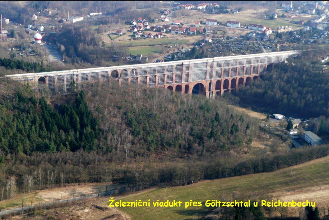Železniční viadukt přes Göltzschtal u Reichenbachu