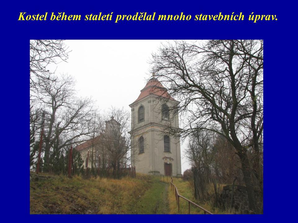 Kostel během staletí prodělal mnoho stavebních úprav.