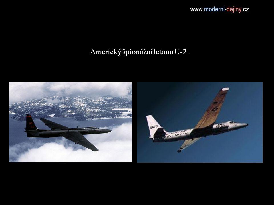 Americký špionážní letoun U-2.