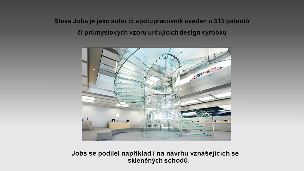 Steve Jobs je jako autor či spolupracovník uveden u 313 patentů či průmyslových vzorů určujících design výrobků