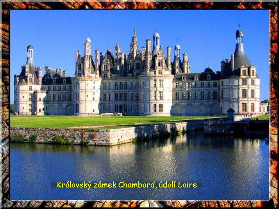 Královský zámek Chambord, údolí Loire
