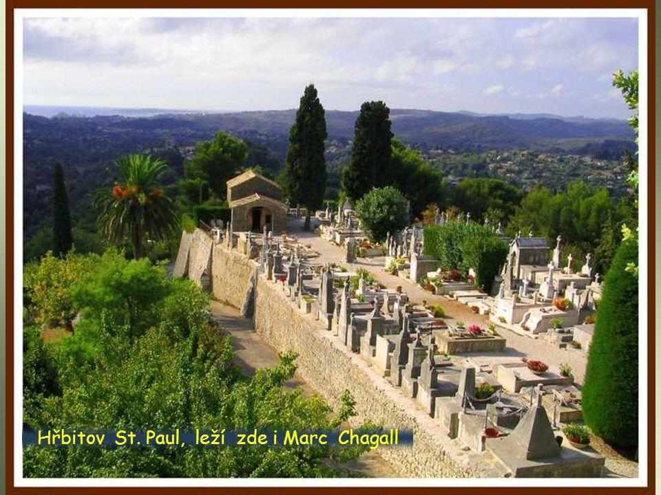 Hřbitov St. Paul, leží zde i Marc Chagall