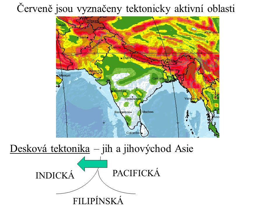 Červeně jsou vyznačeny tektonicky aktivní oblasti