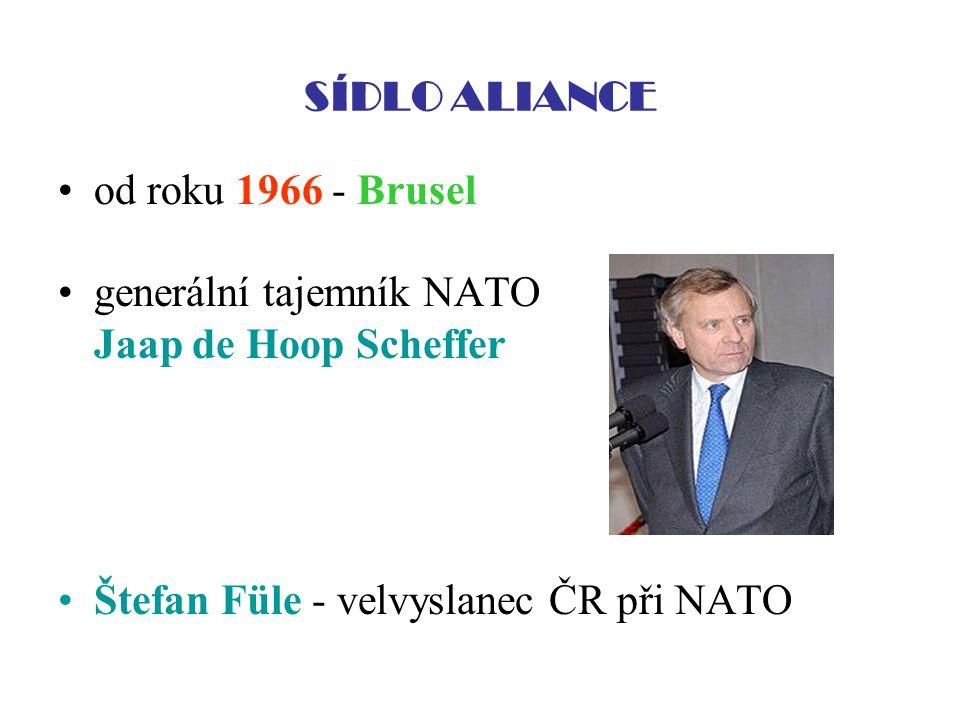 SÍDLO ALIANCE od roku 1966 - Brusel. generální tajemník NATO.