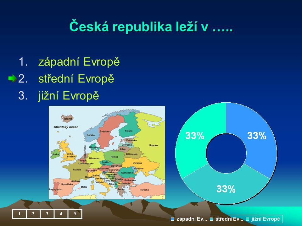 Česká republika leží v …..