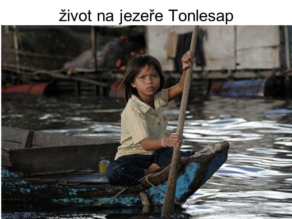 život na jezeře Tonlesap