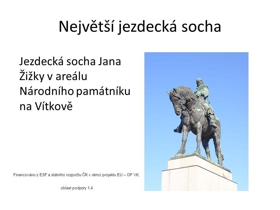 Největší jezdecká socha