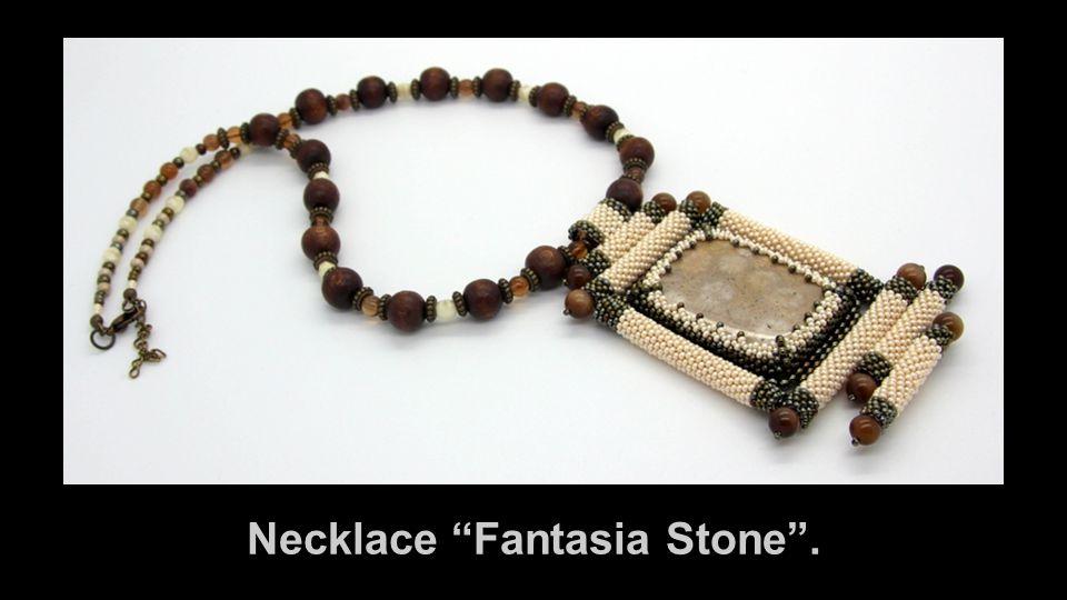 Necklace Fantasia Stone .