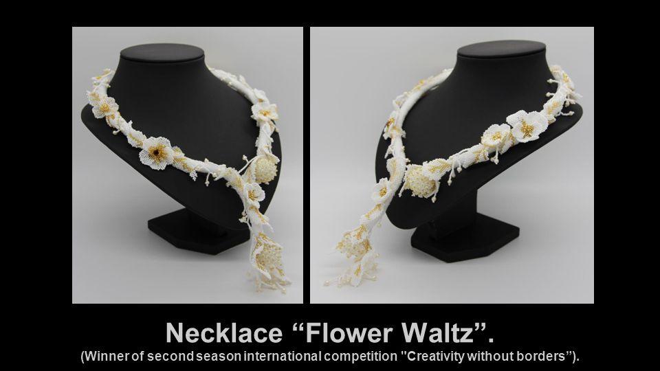 Necklace Flower Waltz .
