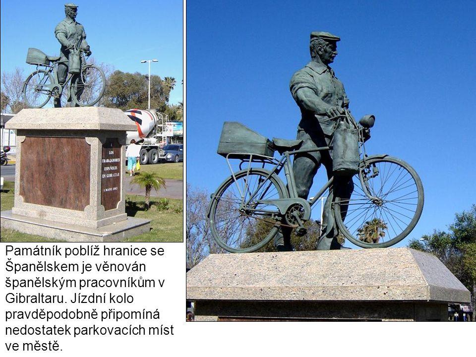 Památník poblíž hranice se Španělskem je věnován španělským pracovníkům v Gibraltaru.