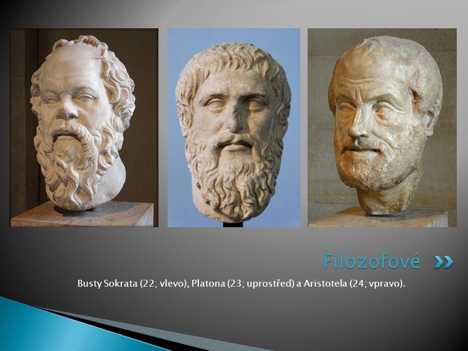Filozofové Busty Sokrata (22; vlevo), Platona (23; uprostřed) a Aristotela (24; vpravo).