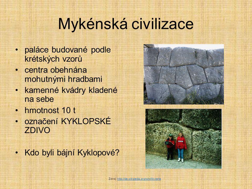 Mykénská civilizace paláce budované podle krétských vzorů