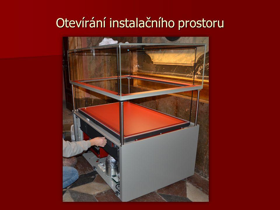 Otevírání instalačního prostoru