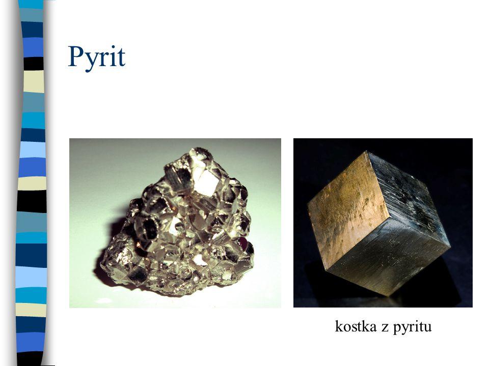 Pyrit kostka z pyritu