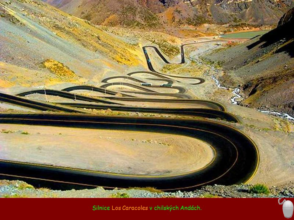 Silnice Los Caracoles v chilských Andách.