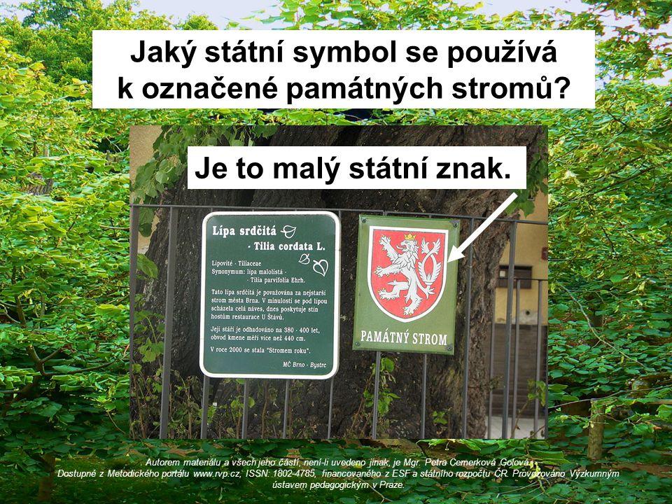 Jaký státní symbol se používá k označené památných stromů