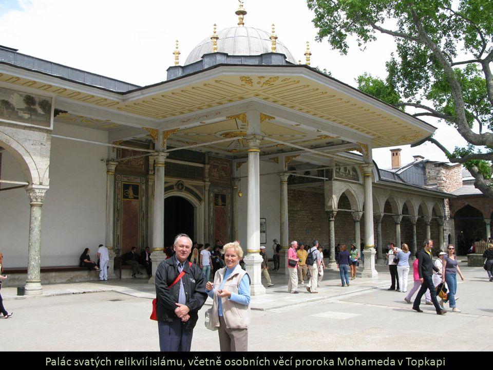 Palác svatých relikvií islámu, včetně osobních věcí proroka Mohameda v Topkapi