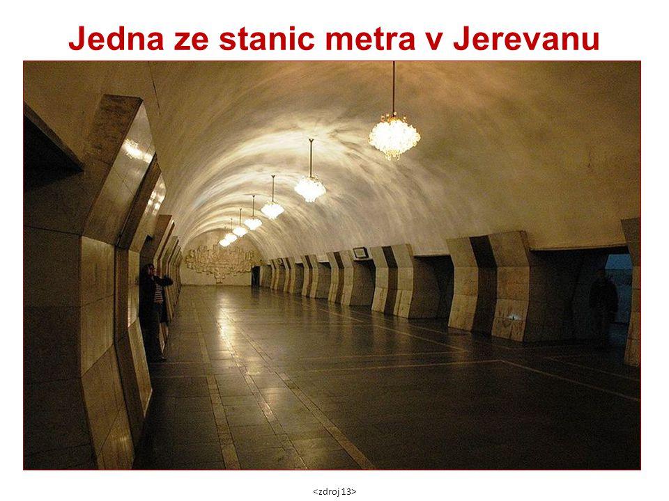 Jedna ze stanic metra v Jerevanu