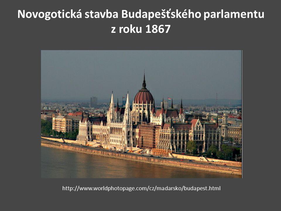 Novogotická stavba Budapešťského parlamentu z roku 1867