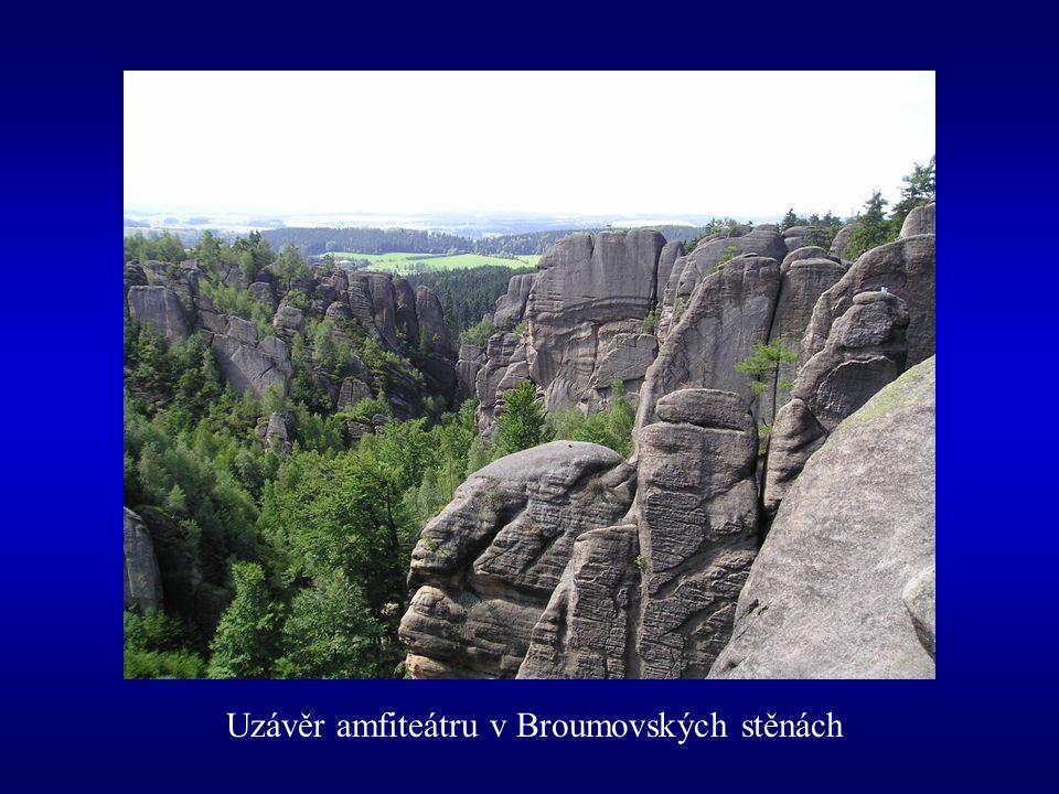 Uzávěr amfiteátru v Broumovských stěnách