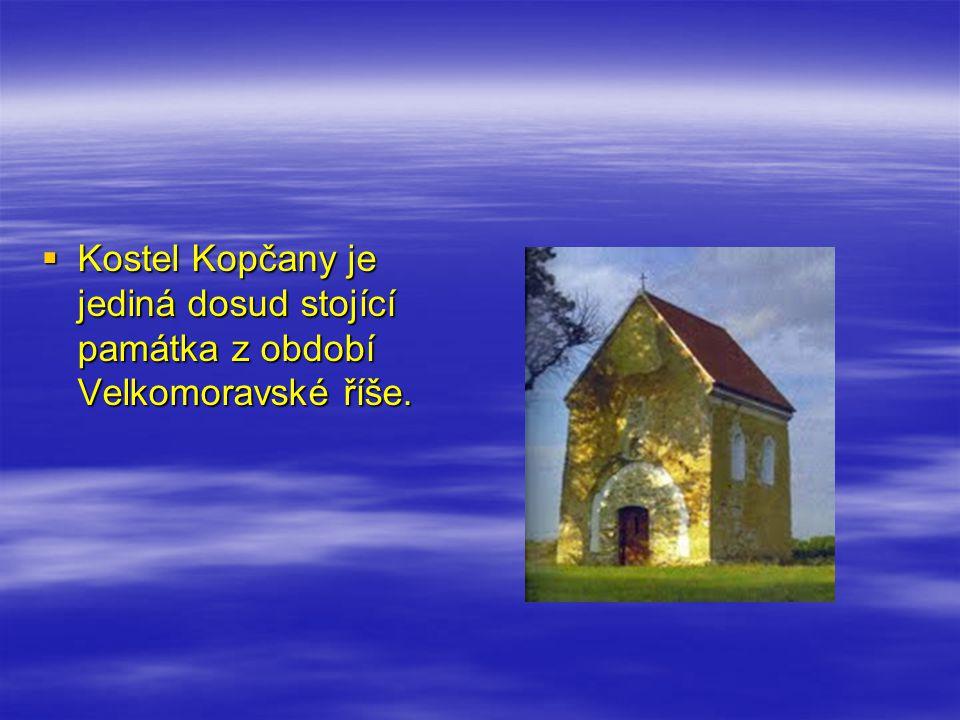 Kostel Kopčany je jediná dosud stojící památka z období Velkomoravské říše.