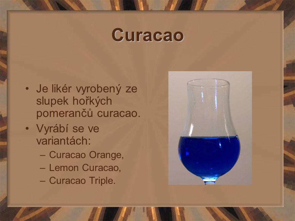 Curacao Je likér vyrobený ze slupek hořkých pomerančů curacao.