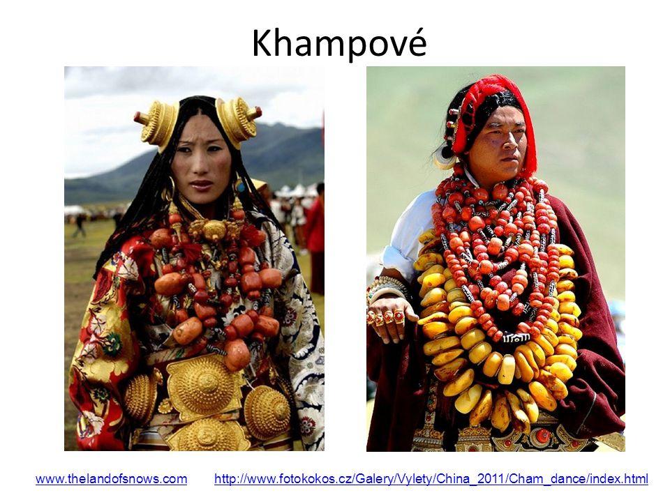 Khampové www.thelandofsnows.com http://www.fotokokos.cz/Galery/Vylety/China_2011/Cham_dance/index.html.