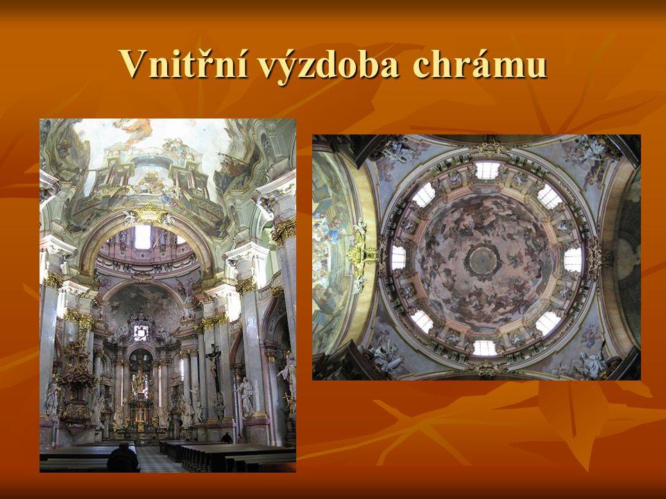 Vnitřní výzdoba chrámu