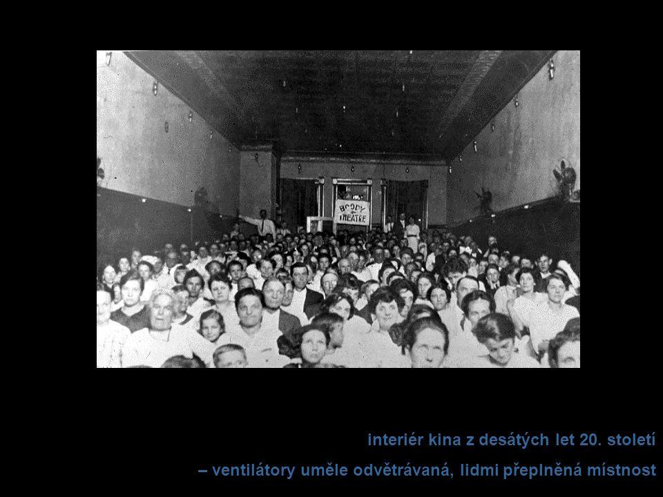 interiér kina z desátých let 20. století