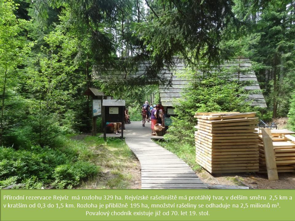 Povalový chodník existuje již od 70. let 19. stol.