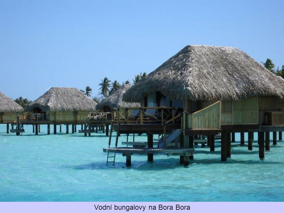 Vodní bungalovy na Bora Bora