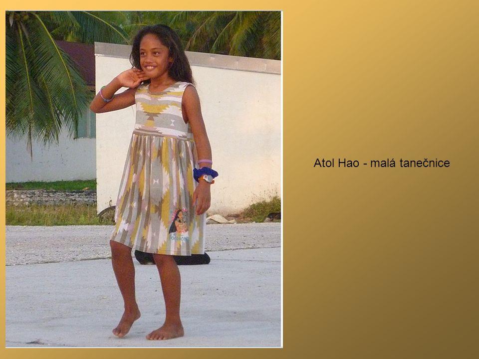 Atol Hao - malá tanečnice