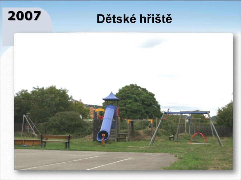 2007 Dětské hřiště