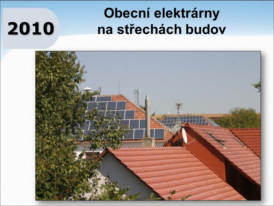 Obecní elektrárny na střechách budov